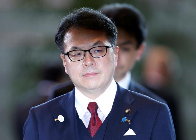 Japan's Minister of Economy,Trade and Industry Hiroshige Seko arrives at Prime Minister Shinzo Abe's official residence in Tokyo, Japan August 3, 2017. REUTERS/Toru Hanai
