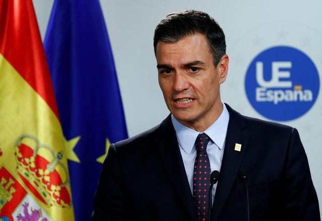 FILE PHOTO: Spanish Prime Minister Pedro Sanchez attends a news conference after the European Union leaders summit, in Brussels, Belgium, July 2, 2019. REUTERS/Francois Lenoir