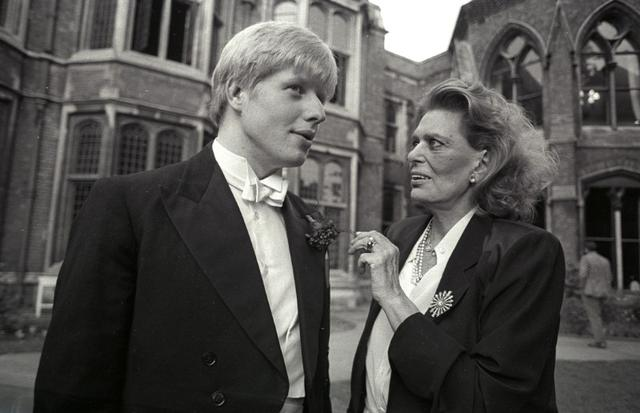 FILE PHOTO: Greek minister for culture Melina Mercouri (R) speaks with President of the Oxford Union society Boris Johnson before she addressed the Union on the subject of the Elgin Marbles at the University of Oxford, Britain, June 12, 1986.  REUTERS/Brian Smith/File Photo