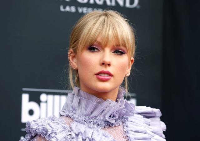 FILE PHOTO: 2019 Billboard Music Awards- Arrivals - Las Vegas, Nevada, U.S., May 1, 2019 - Taylor Swift. REUTERS/Steve Marcus