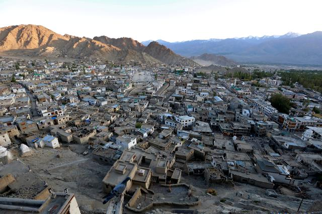 FILE PHOTO: The sun sets in Leh, the largest town in the region of Ladakh, nestled high in the Indian Himalayas, India September 26, 2016. REUTERS/Cathal McNaughton/File Photo