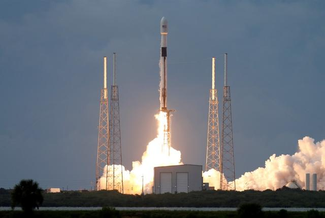 A SpaceX Falcon 9 rocket, carrying the Israeli-owned Amos-17 commercial communications satellite, lifts off from the Cape Canaveral Air Force Station in Cape Canaveral, Florida, U.S., August 6, 2019. REUTERS/Joe Skipper