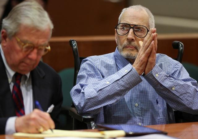 FILE PHOTO: New York real estate scion Robert Durst appears in the Los Angeles Superior Court Airport Branch with his defense lawyer Dick DeGuerin for a pre-trial motions hearing in Los Angeles, California, January 6, 2017   REUTERS/Mark Boster /Los Angeles Times/Pool/File Photo