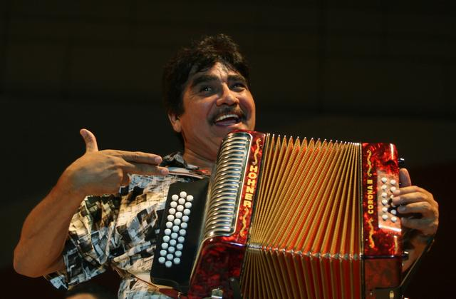 FILE PHOTO: Mexican musician Celso Pina performs during the Santa Lucia International Festival in Monterrey, northern Mexico September 21, 2008. REUTERS/Tomas Bravo/File Photo