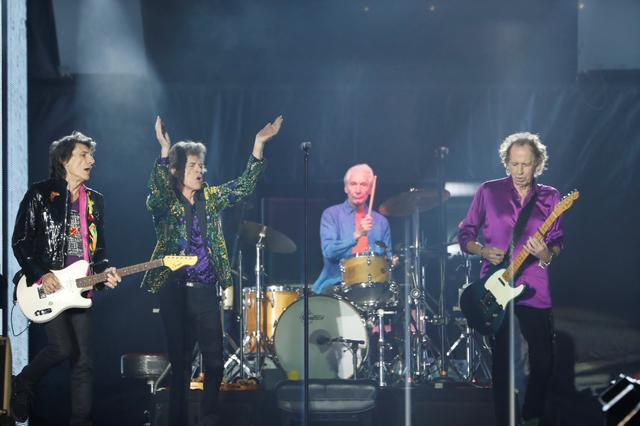 The Rolling Stones perform during their No Filter U.S. Tour at Rose Bowl Stadium in Pasadena, California, U.S., August 22, 2019. REUTERS/Mario Anzuoni
