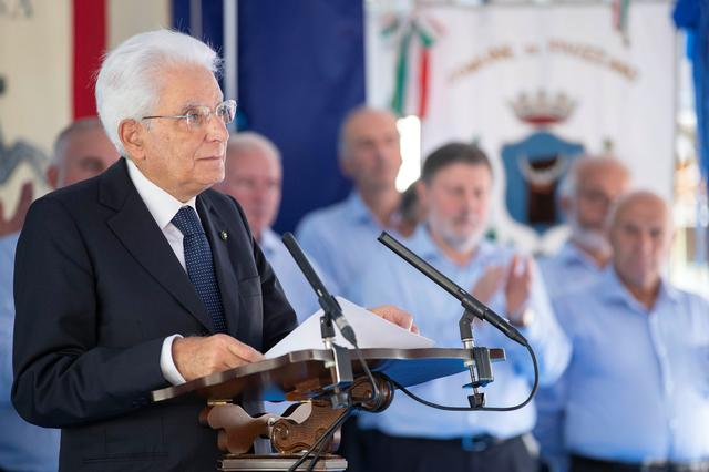 FILE PHOTO: Italian President Sergio Mattarella gives a speech during an event to commemorate the 75th anniversary of a massacre of Italian civilians carried out by the German Wehrmacht during World War II, in Fivizzano, Italy, August 25, 2019. Francesco Ammendola/Italian Presidential Press Office/Handout via REUTERS