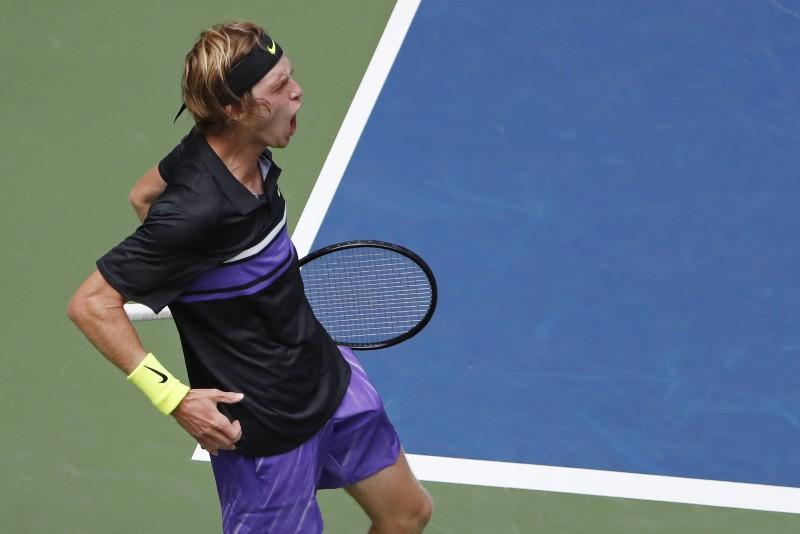 Rublev Sends Tsitsipas Packing At U S Open Reuters