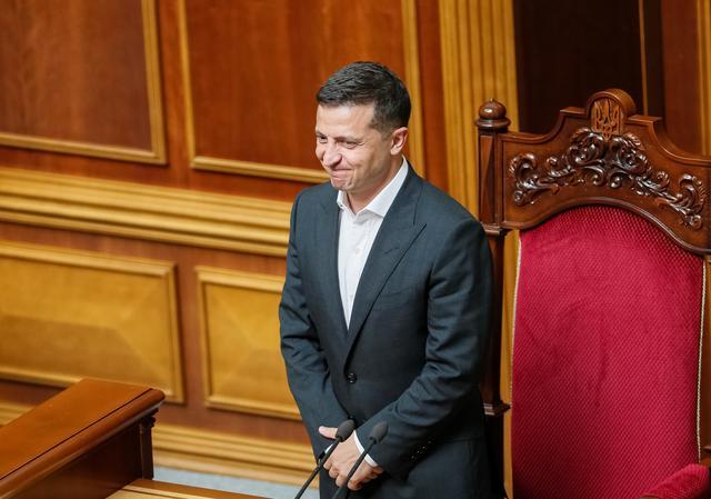 FILE PHOTO: Ukrainian President Volodymyr Zelenskiy attends a parliamentary session in Kiev, Ukraine August 29, 2019. REUTERS/Gleb Garanich