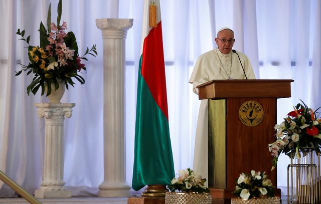 Pope Francis gives a speech during his meeting with government authorities, leaders of civil society and the diplomatic corps in the Ceremony Building in Antananarivo, Madagascar September 7, 2019. REUTERS/Yara Nardi