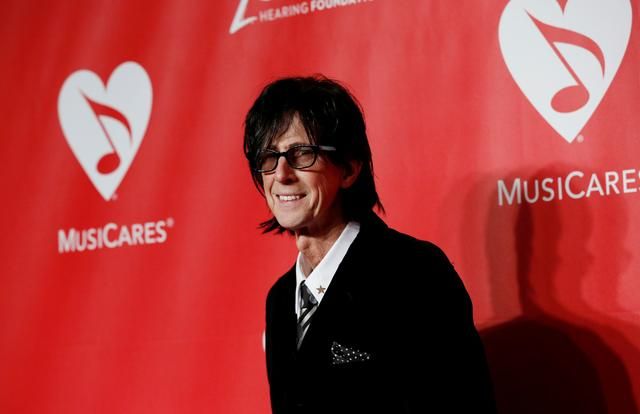 FILE PHOTO:  Producer Ric Ocasek arrives at the 2015 MusiCares Person of the Year tribute honoring Bob Dylan in Los Angeles, California February 6, 2015.  REUTERS/Mario Anzuoni/File Photo