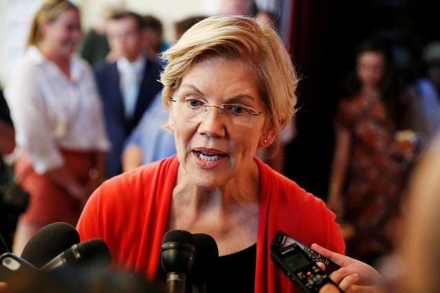 FILE PHOTO: Democratic 2020 U.S. presidential candidate Sen. Elizabeth Warren speaks to members of the media during a town hall at the Peterborough Town House in Peterborough, New Hampshire, U.S., July 8, 2019.   REUTERS/Elizabeth Frantz/File Photo