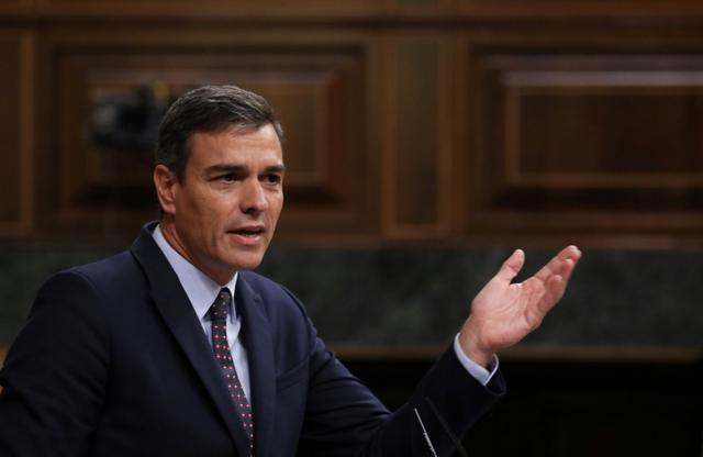 Spain's acting Prime Minister Pedro Sanchez speaks during a plenary session at Parliament in Madrid, Spain, September 11, 2019. REUTERS/Sergio Perez
