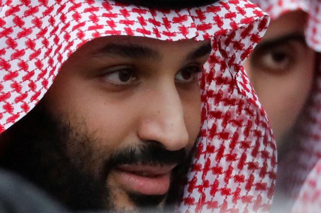 FILE PHOTO: Saudi Arabia's Crown Prince Mohammed bin Salman arrives ahead of the G20 leaders summit in Osaka, Japan June 27, 2019. REUTERS/Jorge Silva/File Photo