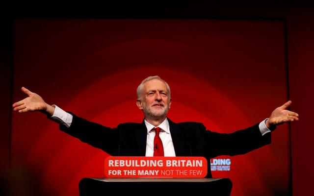 FILE PHOTO: Britain's Labour Party leader Jeremy Corbyn delivers his keynote speech at the Labour Party Conference in Liverpool, Britain, September 26, 2018. REUTERS/Phil Noble/File Photo    To match Special Report BRITAIN-EU/CORBYN