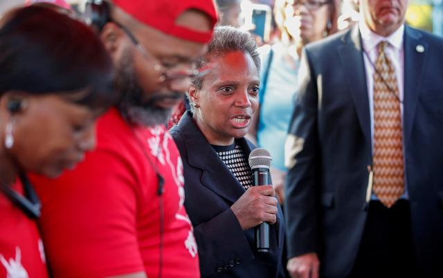 FILE PHOTO: Mayor Lori Lightfoot speaks during the National Night Out rally against violence in Chicago, Illinois, U.S., August 6, 2019. REUTERS/Kamil Krzaczynski/File Photo