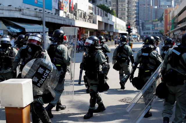 Riot police stand guard as anti-government protesters gather in Tuen Mun, Hong Kong, China September 21, 2019. REUTERS/Jorge Silva