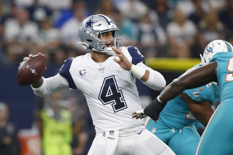 Cowboys QB Dak Prescott Signs Long-Term Deal with Bud Light