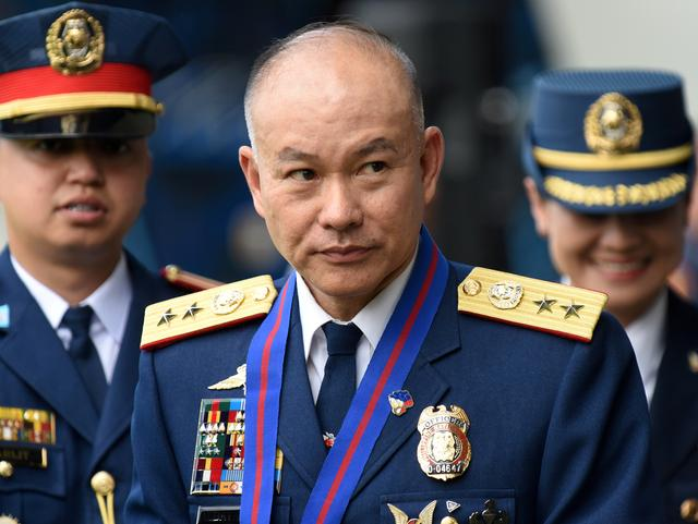FILE PHOTO: Incoming Philippine National Police Chief Oscar Albayalde arrives for the National Police chief handover ceremony in Camp Crame, Quezon City, metro Manila, Philippines, April 19, 2018. REUTERS/Dondi Tawatao/File Photo