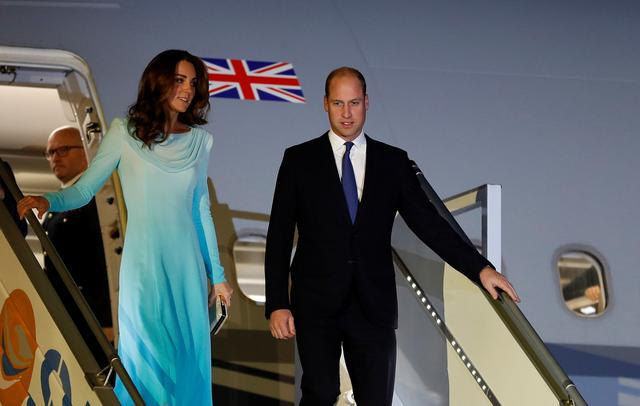 Britain's Prince William and Catherine, Duchess of Cambridge, arrive in Islamabad, Pakistan October 14, 2019. REUTERS/Peter Nicholls