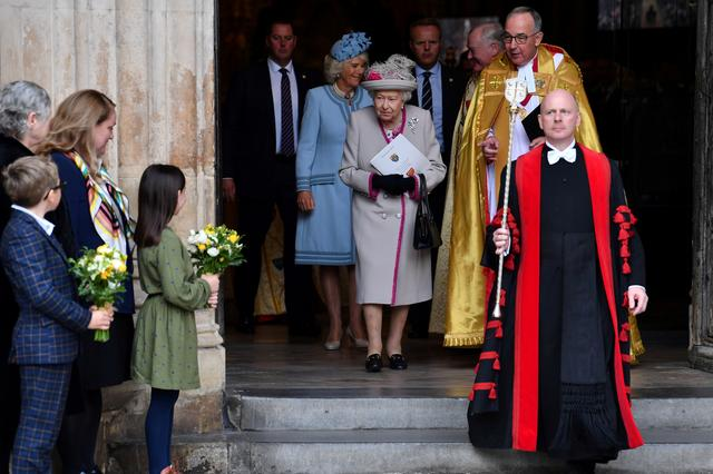 Britain's Queen Elizabeth and Camilla, Duchess of Cornwall, leave after a service to mark the 750th anniversary of Westminster Abbey in London, Britain October 15, 2019. Paul Ellis/Pool via REUTERS