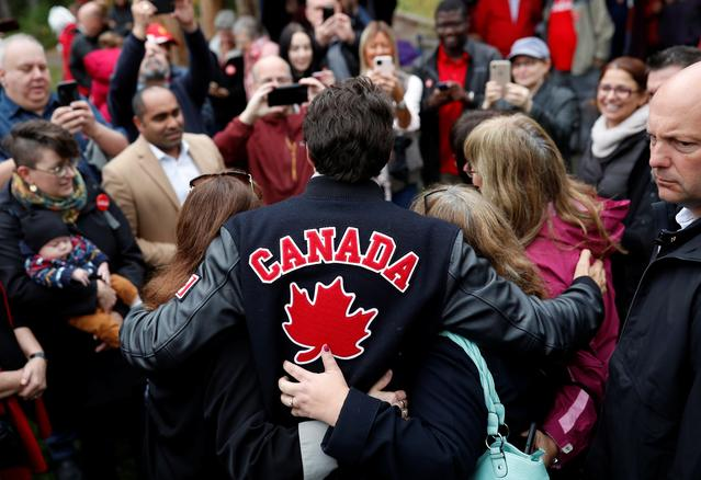 Liberal leader and Canadian Prime Minister Justin Trudeau campaigns for the upcoming election, in Riverview, New Brunswick, Canada October 15, 2019. REUTERS/Stephane Mahe