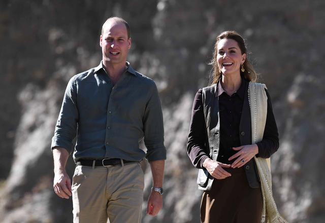 Britain's Prince William and Catherine, Duchess of Cambridge visit a village in the Chitral District of Khyber-Pakhtunkhwa Province in Pakistan, October 16, 2019. Neil Hall/Pool via REUTERS