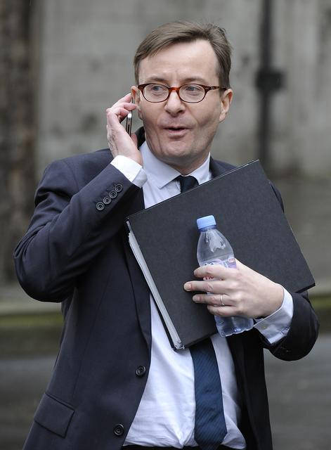 FILE PHOTO: Sky's head of news John Ryley leaves the High Court after appearing before the Leveson Inquiry in London April 23, 2012. REUTERS/Paul Hackett