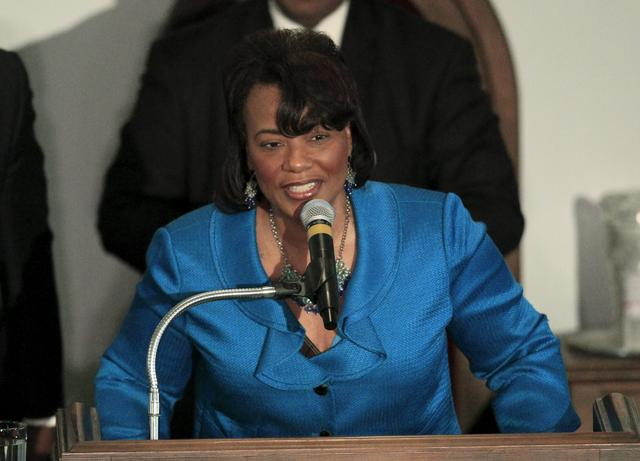 FILE PHOTO: The Reverend Bernice King daughter of Martin Luther King Jr speaks at the National Bar Association's 60th Anniversary of the Montgomery Bus Boycott in Montgomery, December 1, 2015.   REUTERS/Marvin Gentry