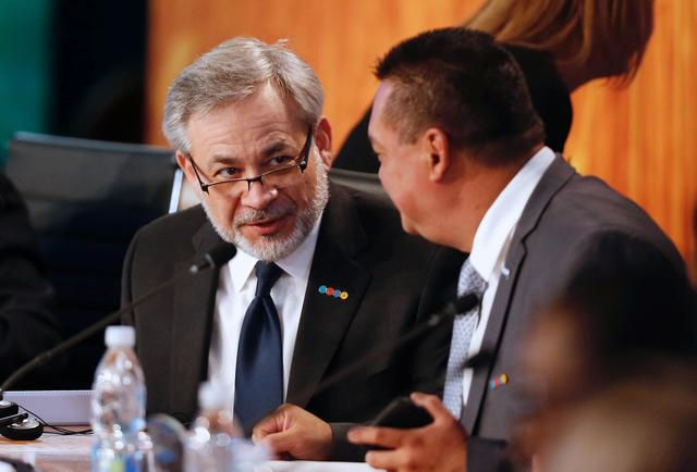 """FILE PHOTO: Deputy Secretary of the U.S. Department of Energy Dan Brouillette (L) attends a meeting of the """"Energy and Climate Partnership of the Americas"""" (III ECPA) in Vina del Mar, Chile, September 7, 2017. REUTERS/Rodrigo Garrido"""