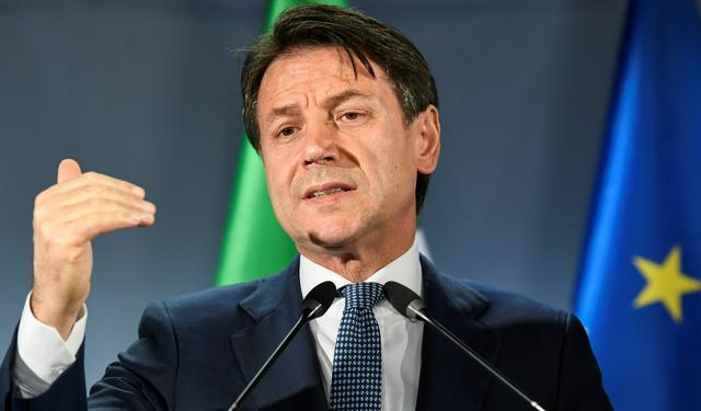Italian Prime Minister Giuseppe Conte gestures as he holds a news conference at the end of the European Union leaders summit dominated by Brexit, in Brussels, Belgium October 18, 2019. REUTERS/Piroschka van de Wouw