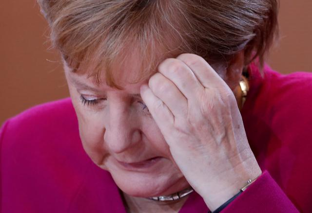 FILE PHOTO: German Chancellor Angela Merkel at the weekly cabinet meeting in Berlin, Germany, October 16, 2019.     REUTERS/Michele Tantussi/File Photo