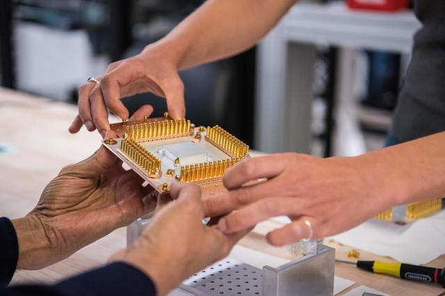 FILE PHOTO: A handout picture from October 2019 shows a component of Google's Quantum Computer in the Santa Barbara lab, California, U.S. Picture taken in October 2019. Google/Handout via REUTERS