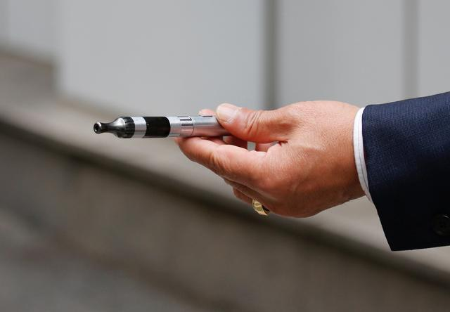 A man uses a vape device in Seoul, South Korea, October 23, 2019.    REUTERS/Heo Ran