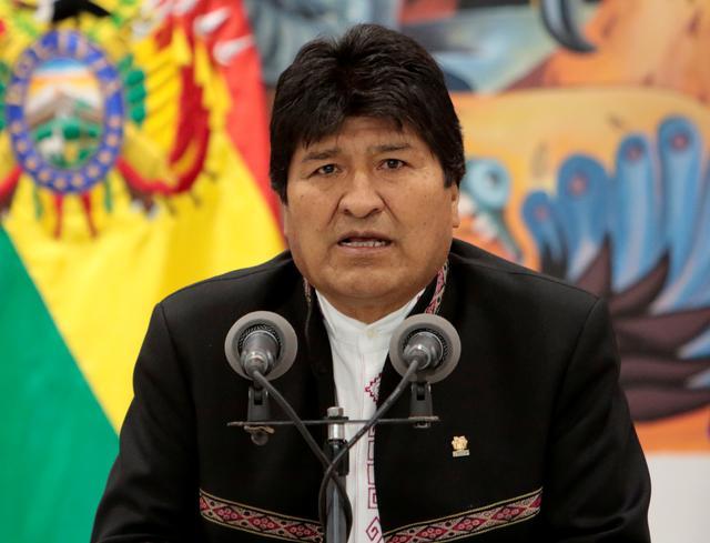 Bolivia's President Evo Morales speaks during a news conference at the presidential palace La Casa Grande del Pueblo in La Paz, Bolivia, October 23, 2019. REUTERS/Manuel Claure