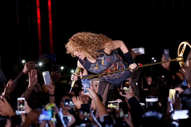 FILE PHOTO: Colombian singer Shakira performs in the opening of the Cedars International Festival In Bcharre, Lebanon July 13,2018.REUTERS/ Jamal Saidi/File photo/File Photo