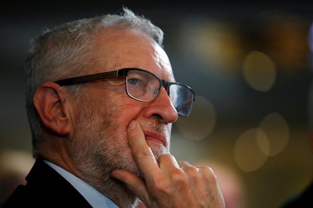 Britain's opposition Labour Party leader Jeremy Corbyn gestures during an election campaign event in Blackpool, Britain November 12, 2019.  RUETERS/Phil Noble