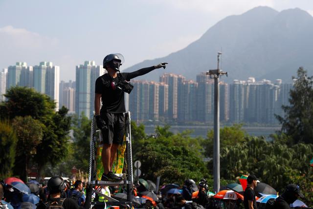 Anti-government protesters gather at the Chinese University of Hong Kong campus in Hong Kong, China, November 13, 2019. REUTERS/Thomas Peter