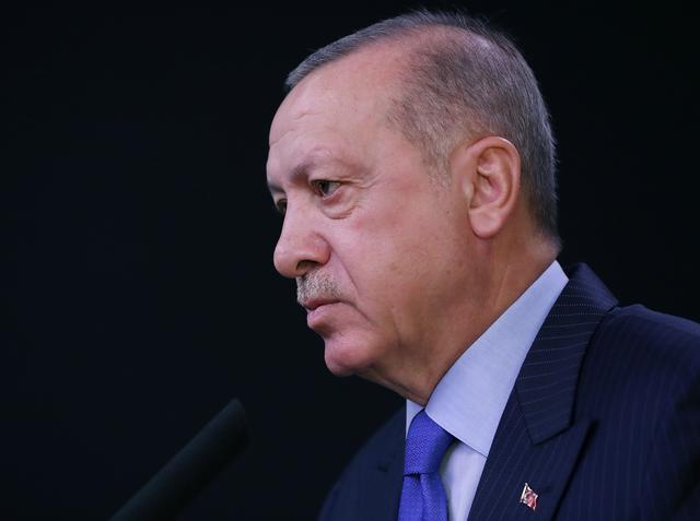 FILE PHOTO: Turkish President Tayyip Erdogan speaks during a news conference at Esenboga International Airport in Ankara, Turkey, November 12, 2019. Murat Cetinmuhurdar/Presidential Press Office/Handout via REUTERS/File Photo