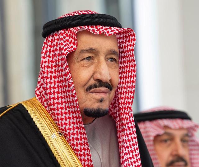 Saudi Arabia's King Salman bin Abdulaziz Al Saud arrives to address the Shura Council in Riyadh, Saudi Arabia November 20, 2019. Bandar Algaloud/Courtesy of Saudi Royal Court/Handout via REUTERS