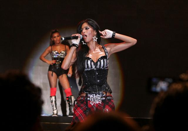 FILE PHOTO: Nicole Scherzinger of U.S. pop group Pussycat Dolls performs during their concert in Beirut July 31, 2009. REUTERS/Mahmoud Kheir/File Photo