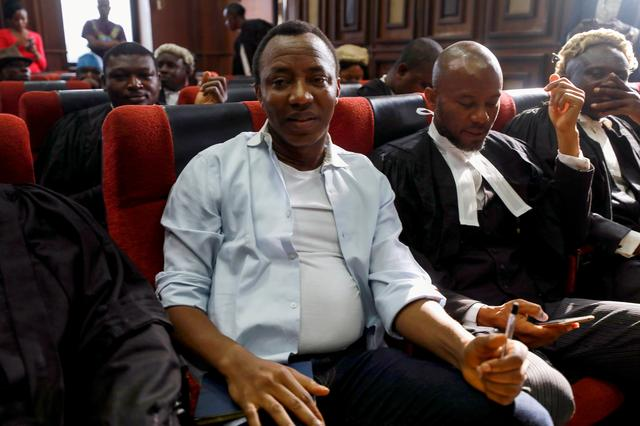 FILE PHOTO: Nigerian activist and former presidential candidate Omoyele Sowore appears at the Federal High Court in Abuja, Nigeria, December 5, 2019. REUTERS/Afolabi Sotunde/File Photo