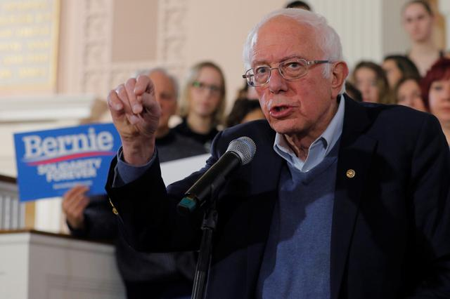 Democratic 2020 U.S. presidential candidate and U.S. Senator Bernie Sanders (I-VT) speaks at a campaign town hall meeting in Portsmouth, New Hampshire, U.S., November 24, 2019.   REUTERS/Brian Snyder