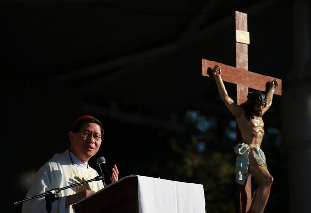 FILE PHOTO: Archbishop of Manila Luis Antonio Cardinal Tagle celebrate mass at a solidarity campaign against human rights abuses, in Quezon City, Philippines, February 16, 2019. REUTERS/Eloisa Lopez/File Photo