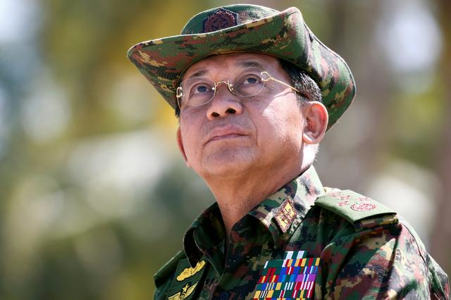 FILE PHOTO: Myanmar military commander-in-chief, Senior General Min Aung Hlaing, attends a military exercise at Ayeyarwaddy delta region in Myanmar, February 3, 2018. REUTERS/Lynn Bo Bo/Pool/File Photo