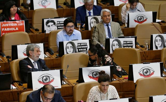 Lawmakers of the opposition debate and vote on an impeachment motion against Chile's President Sebastian Pinera, at a session at the congress in Valparaiso, Chile December 12, 2019. REUTERS/Rodrigo Garrido