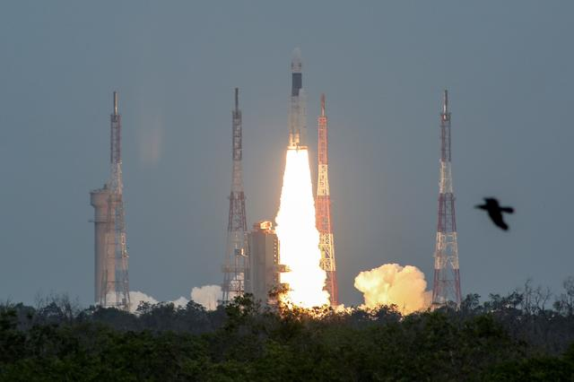 FILE PHOTO: India's Geosynchronous Satellite Launch Vehicle Mk III-M1 blasts off carrying Chandrayaan-2, from the Satish Dhawan Space Centre at Sriharikota, India, July 22, 2019. REUTERS/P. Ravikumar