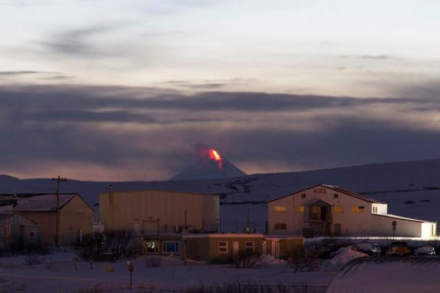 FILE PHOTO: The Shishaldin volcano erupts, as seen from Cold Bay, Alaska, U.S. January 6, 2020, in this image courtesy of the Alaska Volcano Observatory of the U.S. Geological Survey. U.S. Geological Survey/Alaska Volcano Observatory via REUTERS