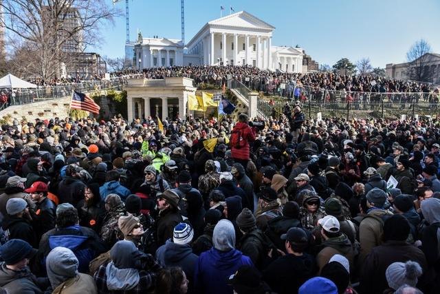 A large crowd gathers on a Gun Lobby Day in front of the Virginia State Capitol building in Richmond, VA, U.S. January 20, 2020. REUTERS/Stephanie Keith