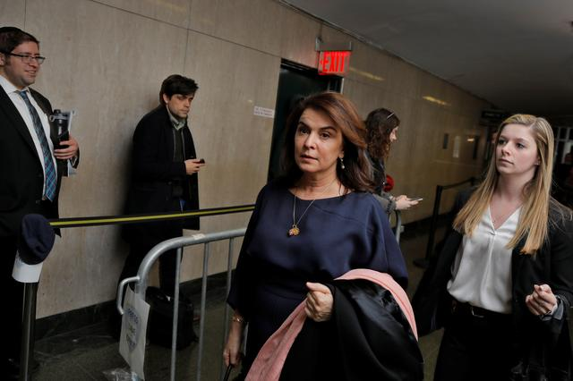 Witness Annabella Sciorra departs after testifying in the case of film producer Harvey Weinstein at New York Criminal Court during his sexual assault trial in the Manhattan borough of New York City, New York, U.S., January 23, 2020.  REUTERS/Lucas Jackson