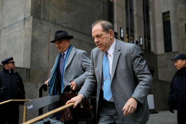 Film producer Harvey Weinstein exits New York Criminal Court during his sexual assault trial in the Manhattan borough of New York City, New York, U.S., February 18, 2020. REUTERS/Andrew Kelly